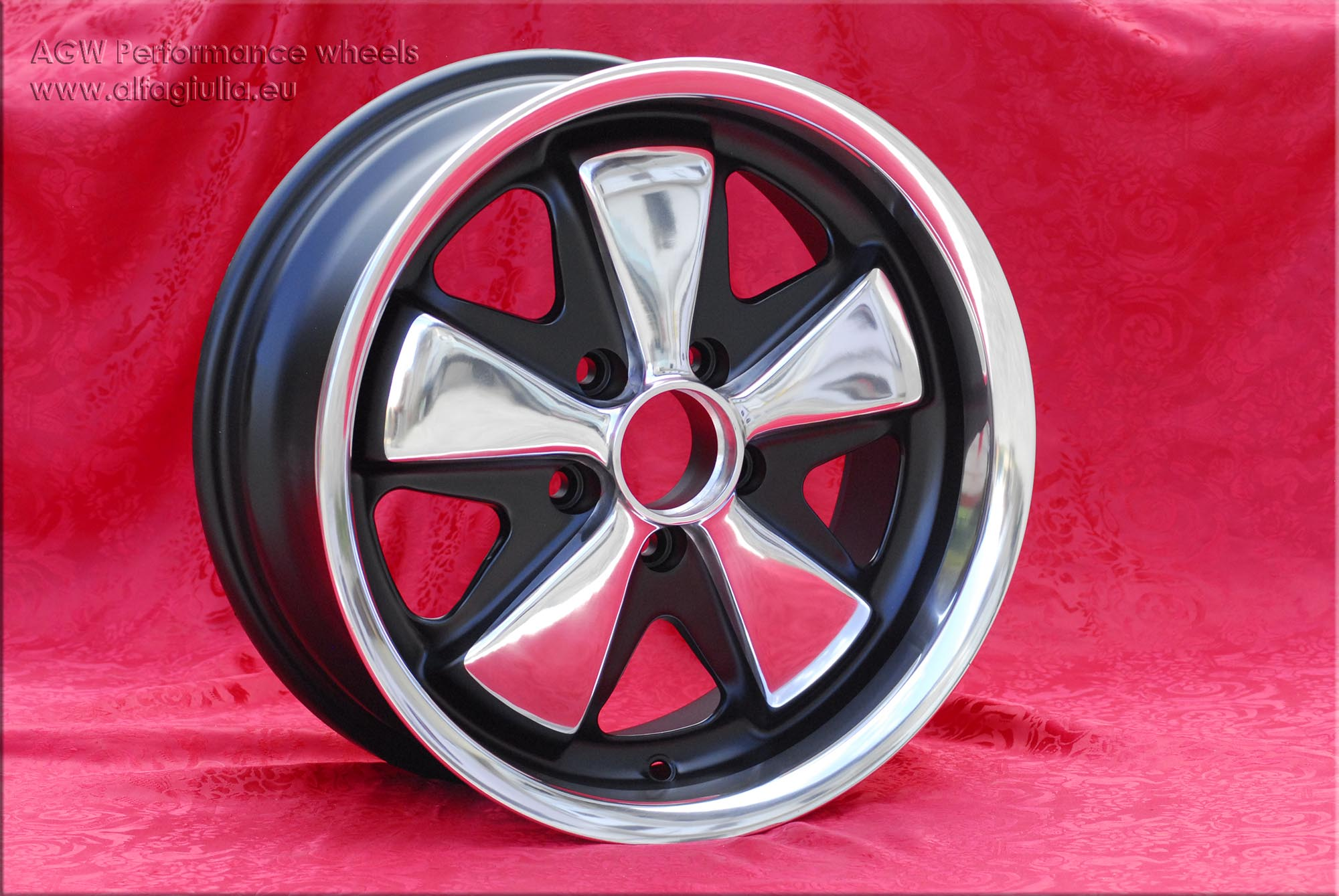Volkswagen Fuchs polished VW T2 T2B T3  7x16 ET23.3 5x112 c/b 71.6 mm Wheel