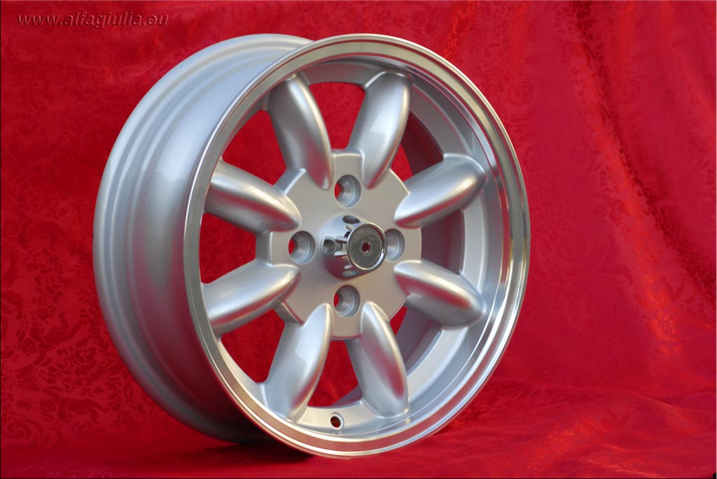 Saab Minilite 99  5.5x15 ET15 4x114.3 c/b 76.6 mm Wheel